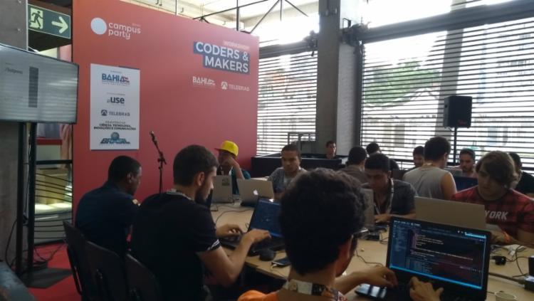 Campuseiros aprendem a programar chatbots atraves do Wordpress - Foto: Keyla Pereira | Ag. A Tarde