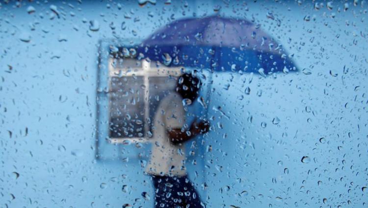 Queda de energia se torna mais comum em tempo chuvoso - Foto: Raul Spinassé | Ag. A TARDE