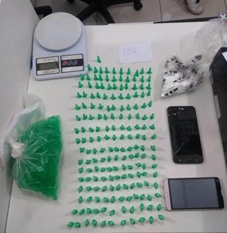 Polícia apreendeu 344 pinos de cocaína com suspeitos - Foto: Divulgação | SSP
