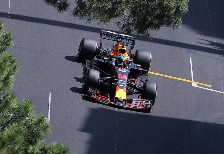 Piloto da Red Bull conquistou segunda pole da carreira - a primeira foi no mesmo local dois anos atrás - Foto: Valery Hache l AFP