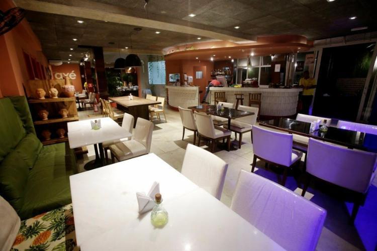 O Dendê Gastronomia Baiana oferece um buffet de petiscos por R$ 27 - Foto: Adilton Venegeroles / Ag. A Tarde
