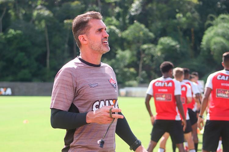 Técnico Vagenr Mancini relacionou 21 jogadores para duelo em São Paulo - Foto: Maurícia da Matta | EC Vitória