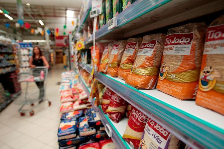 Substituição por produtos similares pode auxiliar na economia doméstica - Foto: Alessandra Lori | Ag. A TARDE