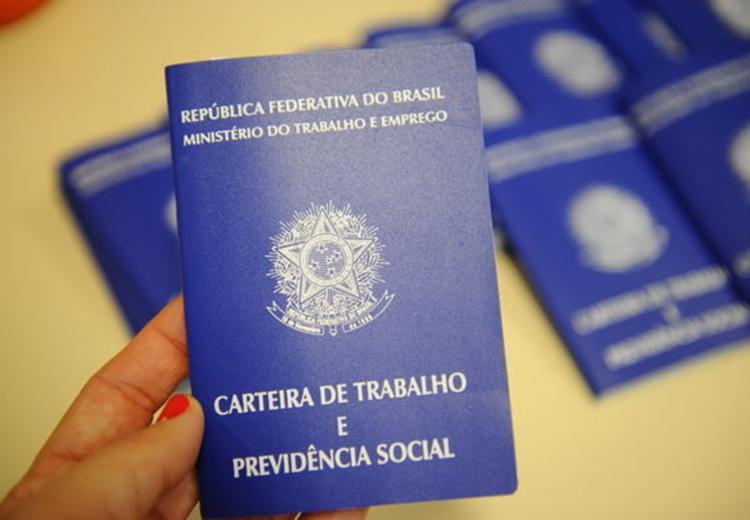 O SineBahia oferece vagas de emprego para esta quarta-feira (16) - Foto: Divulgação
