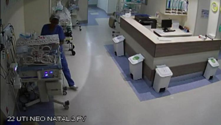 os alvos de Simone eram recém-nascidos que se encontravam em terapia em incubadoras na UTI Neonatal. - Foto: Reprodução/TvGlobo