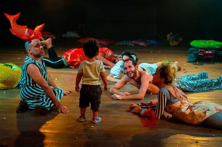 Espetáculo permite ao espectador compor suas próprias histórias - Foto: Divulgação