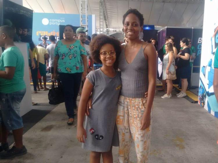 Zani Luanda e Ani Carine em visita a Campus Party Bahia 2018 - Foto: Lorena Souza