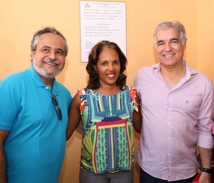 Ação reuniu o diretor do IPAC e o deputado Zé Neto. Raimunda Santana é a vice diretora da Associação - Foto: Divulgação