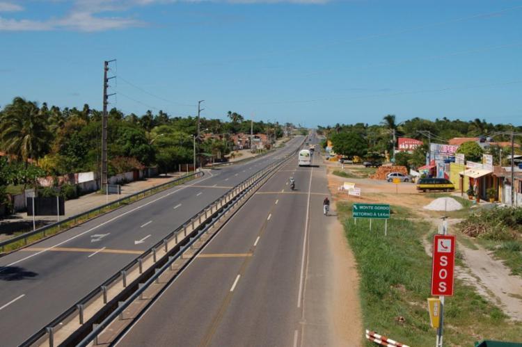 Construída pelo governo da Bahia, a Linha Verde foi inaugurada em 1992 | Foto: Divulgação - Foto: Divulgação