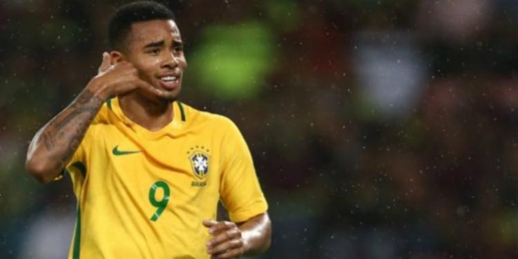 A Fifa veta a participação dos 35 jogadores inscritos para a Copa em partidas de futebol realizadas a partir da última segunda-feira - Foto: Divulgação | CBF