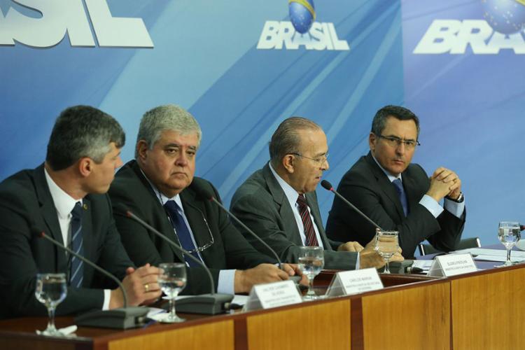 Nove das 11 entidades presentes aceitaram a proposta do Executivo para preços - Foto: Valter Campanato l Agência Brasil