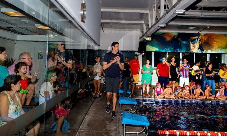 Medalhista olímpico utiliza a bagagem na natação para incentivar o ensino do esporte às novas gerações - Foto: Ane Dourado l Academia Infinity