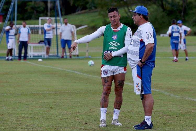 Guto quer recuperar a confiança do time em fazer gols no jogo desta quarta na Fonte Nova - Foto: Felipe Oliveira l EC Bahia