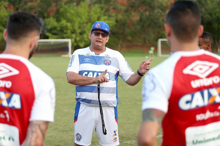 Retranca de Guto pode funcionar nesta quinta-feira, 31, mas time precisará contra-atacar - Foto: Felipe Oliveira l EC Bahia
