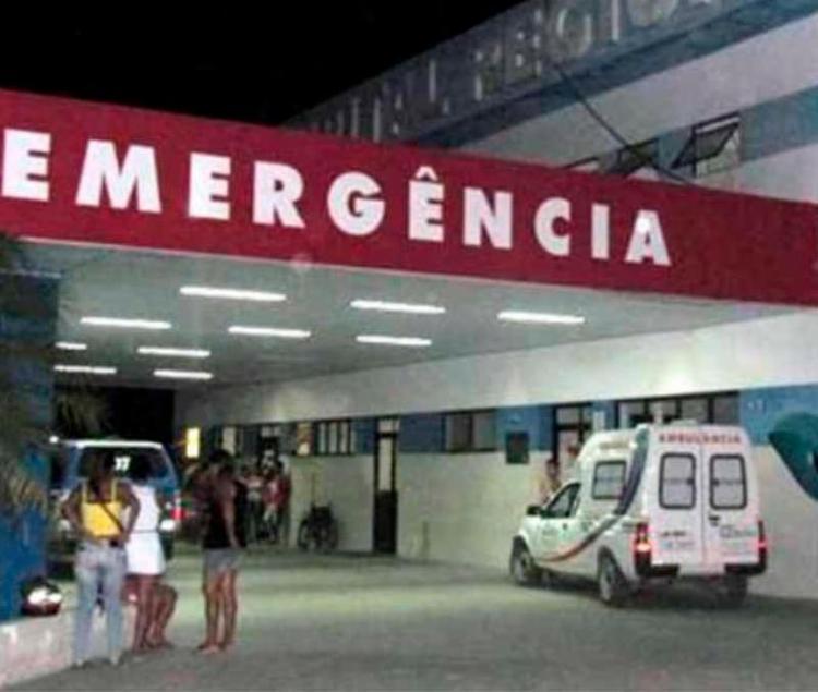 Vítima foi levada para a emergência do Hospital Regional, onde morreu - Foto: Reprodução | Radar 64
