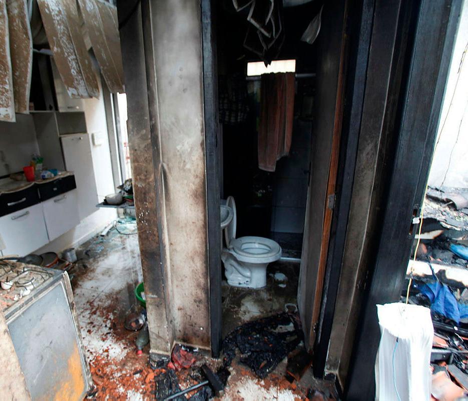 Gilson colocou fogo na casa enquanto a família dormia   Lúcio Távora   Ag. A TARDE   04.01.2017