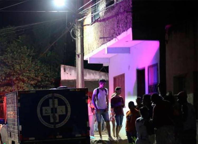 O corpo da mulher foi levado para o Departamento de Polícia Técnica - Foto: Reprodução | Verdinho Itabuna