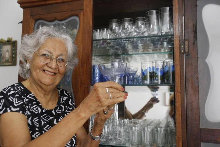 Para preservar as receitas da mãe, Mabel Velloso escreveu um livro de receitas - Foto: Margarida Neide / Ag. A Tarde