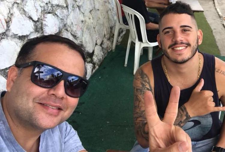 Marcelo e o filho Luan, que também estava no carro