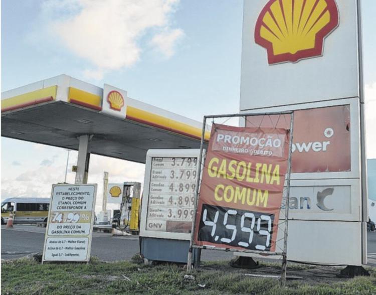 Aumento de gasolina preocupa motoristas - Foto: Shirley Stolz | Ag. A TARDE