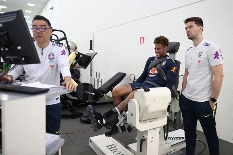 Mahseredjian não quis confirmar se o atacante estará em sua plenitude física para a estreia - Foto: Lucas Figueiredo l CBF
