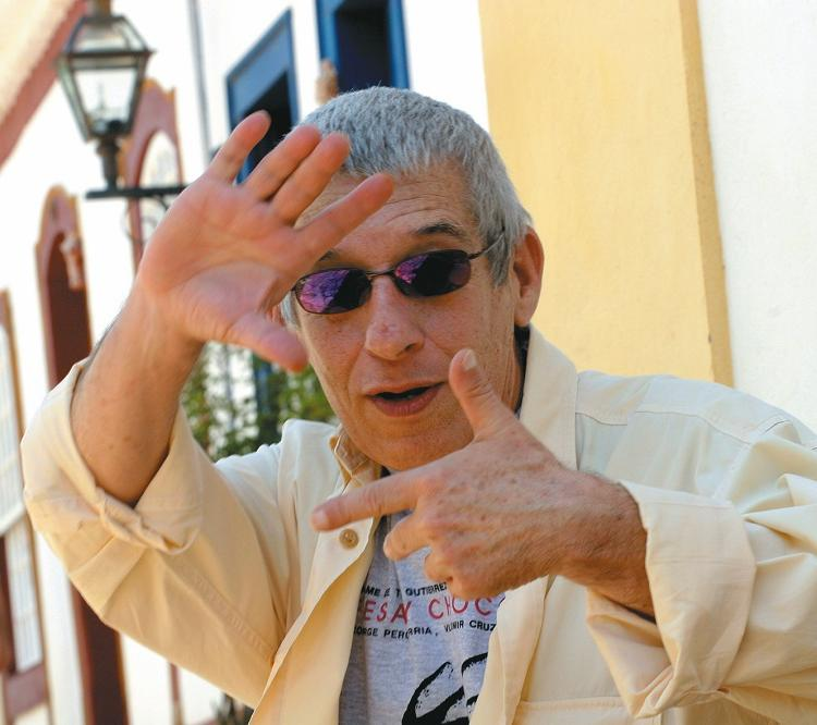 Em teatro, Senna assina pelo menos 30 espetáculos, montados na Bahia, São Paulo e Rio de Janeiro