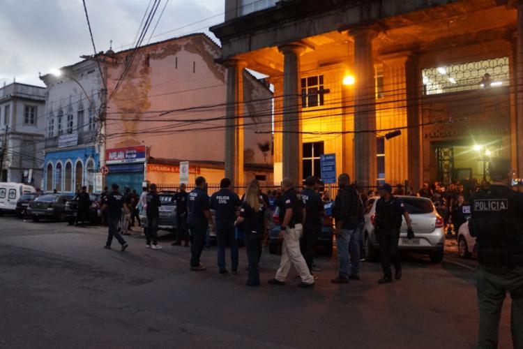 Policiais civis da Bahia participaram da megaoperação nesta quinta - Foto: Caroline Araújo | SSP-BA | Divulgação