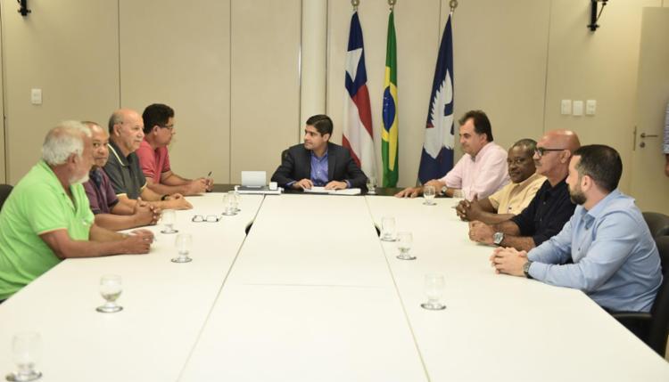 Representantes das partes chegaram a acordo em relação à proposta de 2,7% de reajuste - Foto: Max Haack   Divulgação   Secom