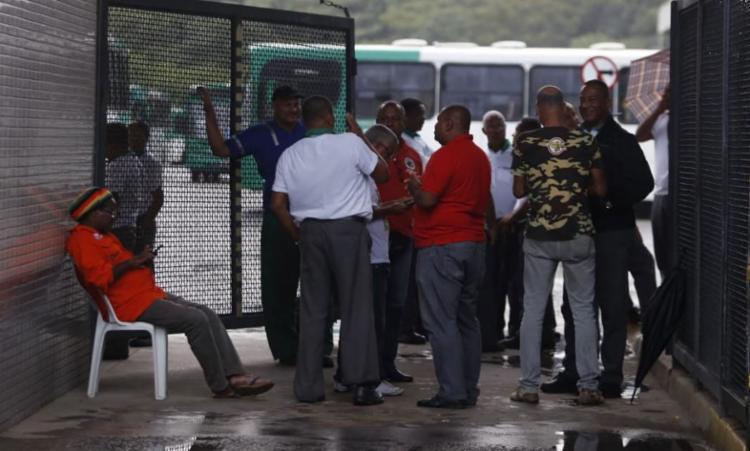 Rodoviários ameaçam parar nesta quarta-feira, 23 - Foto: Raul Spinassé | Ag. A TARDE