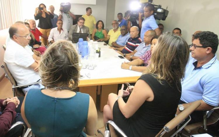 Após reunião, categoria terá assembleia nesta tarde - Foto: Luciano da Matta | Ag. A TARDE