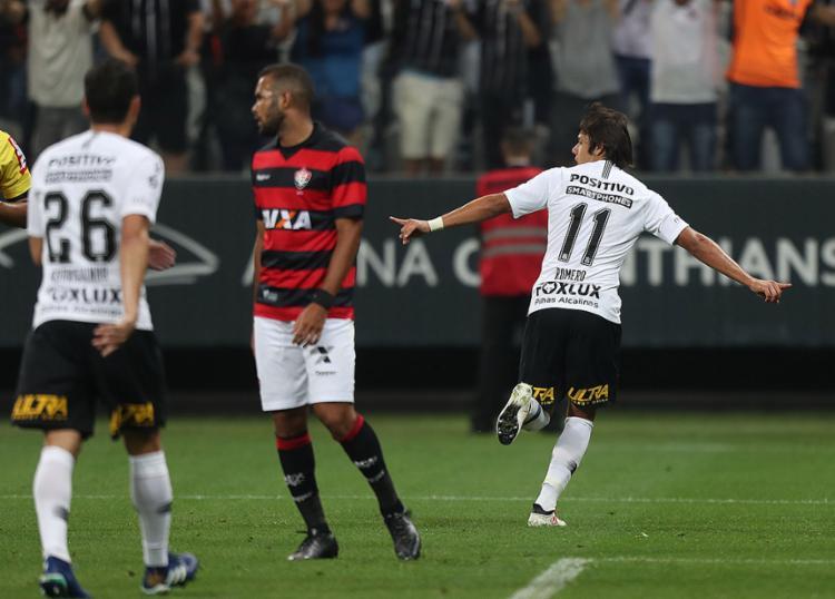 Romero passeou contra a fragilizada defesa do Rubro-Negro - Foto: Alex Silva l Estadão Conteúdo