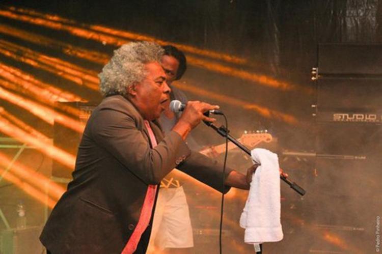O cantor angolano Dionorina é uma das atrações gratuitas da sexta-feira - Foto: Divulgção   Secult