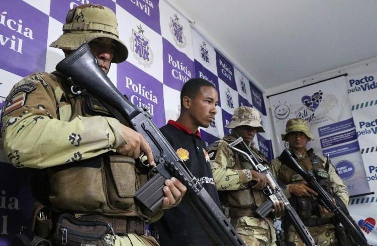 Silvestre durante apresentação após prisão em dezembro de 2017 - Foto: Divulgação   SSP