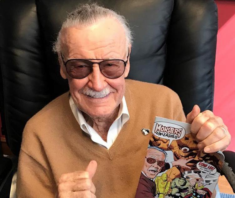 Lee tornou-se um ícone e a cara pública da Marvel Comics - Foto: Reprodução   Facebook