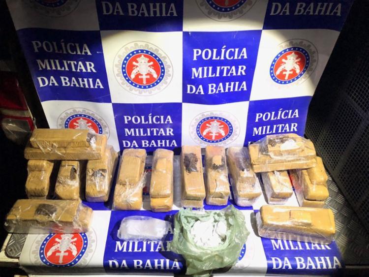 Os mais de 14 quilos de drogas eram transportados em bolsa de viagem