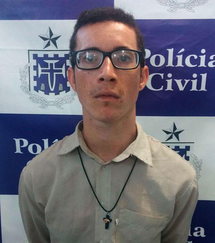 Ezequiel teria cometido o crime por desconfiar que a vítima fornecia informações para a polícia - Foto: Divulgação   Polícia Civil