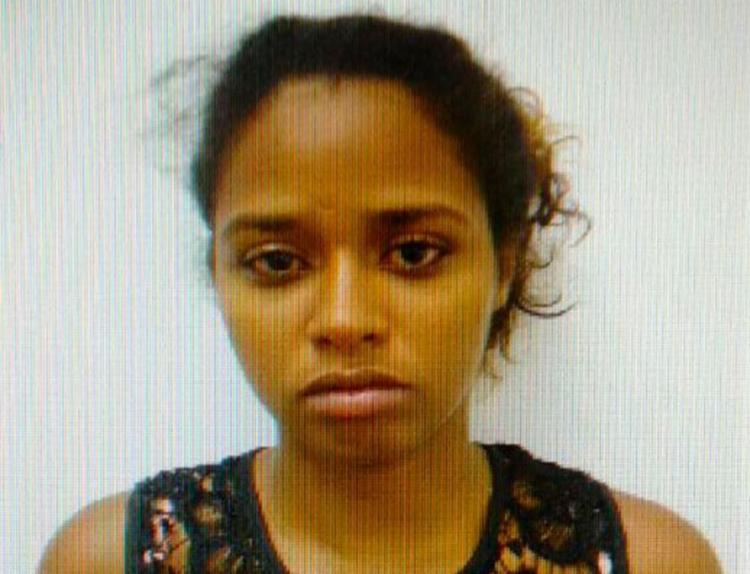 Envolvida em roubos contra taxistas, Driele Pires foi presa logo após fazer mais uma vítima - Foto: Reprodução
