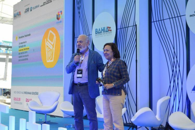 Senadora Lídice da Mata e Francesco Farrugia anunciam laboratório na Bahia - Foto: ASCOM Lìdice