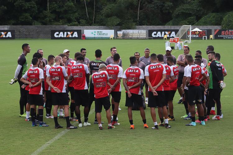 Contra o Sampaio, Mancini terá que achar peças no elenco - Foto: Maurícia da Matta l EC Vitória