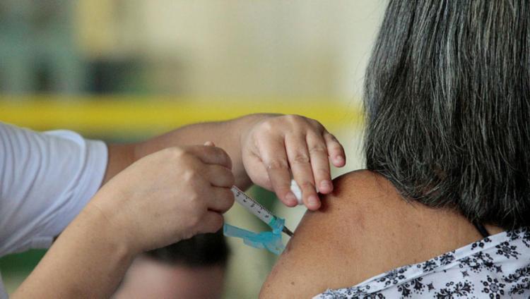 Mais de 27 mil pessoas foram imunizadas neste sábado - Foto: Luciano da Matta | Ag. A TARDE | 12.05.2018