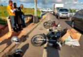 Pneu se desprende de caminhão e atinge mototaxista em Porto Seco Pirajá | Foto: Adilton Venegeroles | Ag. A TARDE