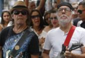 Cortejo faz homenagem a Orlando Tapajós no centro de Salvador | Foto: Raul Spinassé | Ag. A TARDE