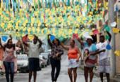 Torcedores enfeitam as ruas de Salvador para vibrar pela seleção | Foto: Raul Spinassé | Ag. A TARDE