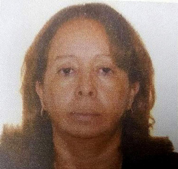 Sílvia Carvalho foi rendida na saída do escritório, em Feira, e executada a tiros por bando (Foto: Reprodução l Acorda Cidade