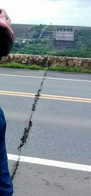 Fissura ocorreu em 'ponto de dilatação' da ponte - Foto: Cidadão Repórter | Via WhatsApp