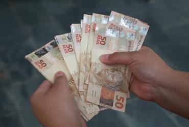 Mais de R$ 1,6 bi do abono salarial estão disponíveis para saque | Joá Souza | Ag. A TARDE