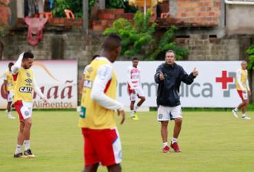 Interino do Bahia trabalha time e pode poupar atletas contra Paraná | Felipe Oliveira l EC Bahia