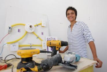 Mulheres buscam independência nos reparos domésticos | Luciano da Matta l Ag. A TARDE