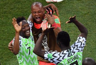 Nigéria vence Islândia e mantém Argentina viva na Copa | AFP