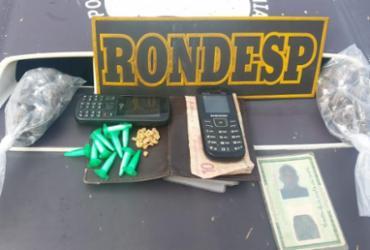 Suspeitos são detidos com 203 porções de drogas em Mussurunga | Divulgação | SSP-BA